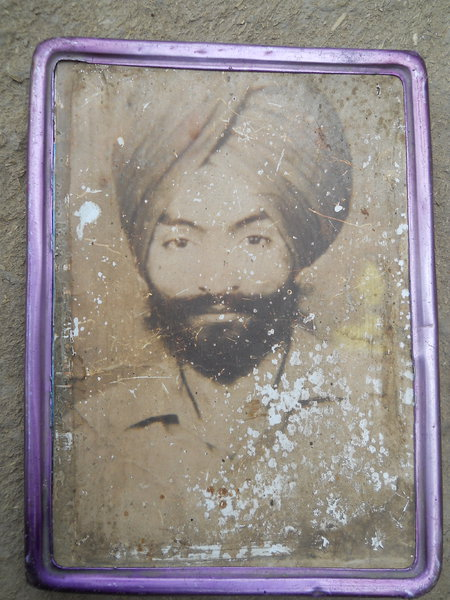 Photo of Karam Singh, victim of extrajudicial execution on November 5, 1988, in Sarhali Kalan,  by Punjab Police; Central Reserve Police Force, in Sarhali Kalan, by Punjab Police