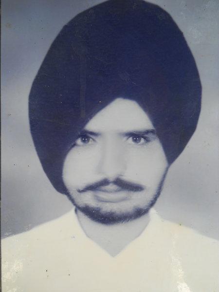Photo of Gulzar Singh,  disappeared between January 16, 1993 and January 29,  1993, in Tarn Taran,  by Punjab Police
