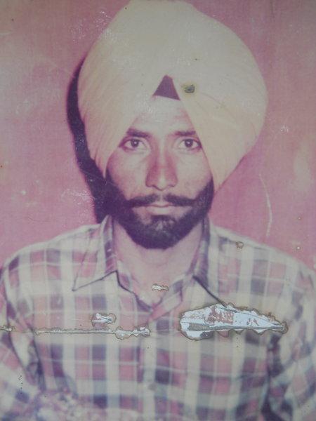 Photo of Hira Singh, victim of extrajudicial execution on May 27, 1992, in Jhabal Kalan, by Punjab Police