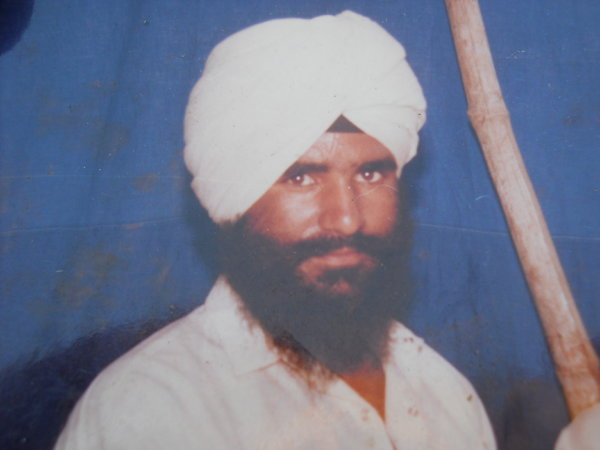 Photo of Surjit Singh, victim of extrajudicial execution between April 14, 1993 and July 2,  1993, in Jhabal Kalan, by Punjab Police