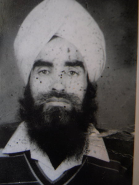 Photo of Kesar Singh,  disappeared between January 1, 1993 and December 31,  1993, in Jhabal Kalan,  by Punjab Police