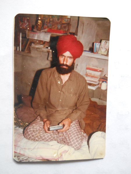 Photo of Malagar Singh, victim of extrajudicial execution between July 28, 1990 and July 29,  1990, in Bhikhiwind,  by Punjab Police; Central Reserve Police Force, in Bhikhiwind, by Punjab Police