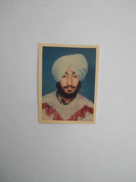 Photo of Kulwinder Singh, ਗੈਰ ਕਾਨੂੰਨੀ ਹੱਤਆਿ ਦਾ/ਦੀ ਪੀੜਤ ਦੀ ਤਾਰੀਖ਼ ਦਸੰਬਰ ੨੮, ੧੯੯੧, in Batala, by ਪੰਜਾਬ ਪੁਲਿਸ
