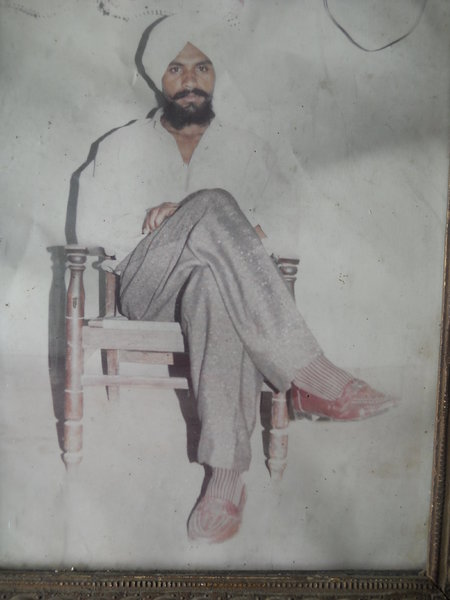 Photo of Jasbir Singh,  disappeared between May 27, 1992 and May 28,  1992 by Punjab Police