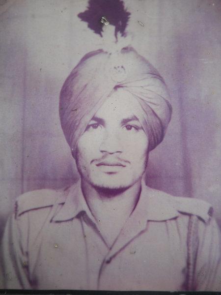 Photo of Karam Singh, victim of extrajudicial execution on October 20, 1990, in Sarhali Kalan, by Punjab Police
