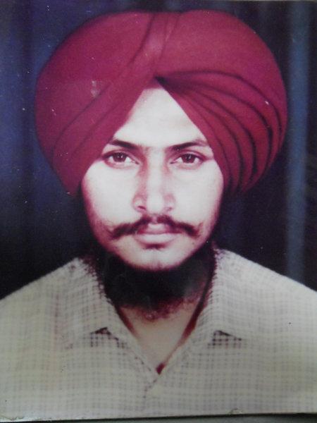 Photo of Sukhdev Singh, victim of extrajudicial execution between September 19, 1993 and September 22,  1993, in Pilibhit, Tarn Taran, by Punjab Police