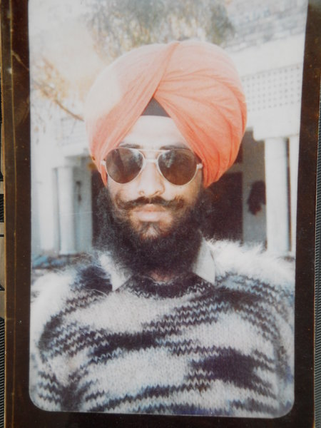Photo of Manjit Singh,  disappeared between April 10, 1991 and April 11,  1991, in Tarn Taran,  by Punjab Police; Central Reserve Police Force