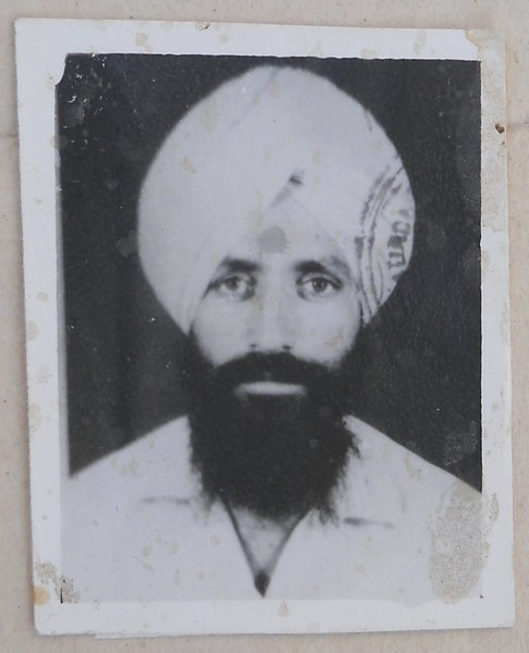 Photo of Gurtej Singh, victim of extrajudicial execution on December 10, 1990, in Bathinda, by Punjab Police; Central Reserve Police Force
