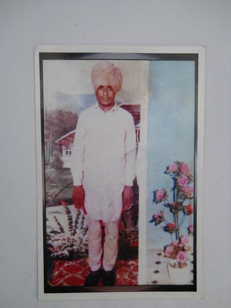 Photo of Gurjant Singh, victim of extrajudicial execution between August 31, 1992 and September 1,  1992, in Dyalpura Bhaika, by Punjab Police