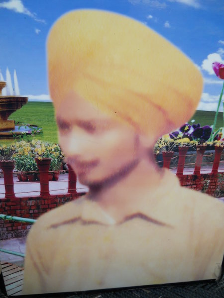 Photo of Karam Singh,  disappeared between January 1, 1987 and December 31,  1987 by Unknown type of security forces