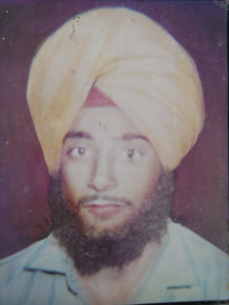 Photo of Resham Singh, victim of extrajudicial execution between March 7, 1993 and March 25,  1993Unknown type of security forces