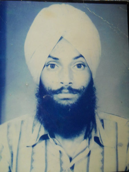 Photo of Manjit Singh, victim of extrajudicial execution between March 23, 1991 and April 5,  1991, in Rayya, Beas,  by Punjab Police; Central Reserve Police Force, in Amritsar Mal Mandi Interrogation Center, by Punjab Police