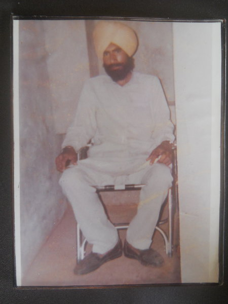 Photo of Vakeel Singh, victim of extrajudicial execution between May 23, 1991 and May 24,  1991, in Kot Sukhia CRPF Post, by Central Reserve Police Force