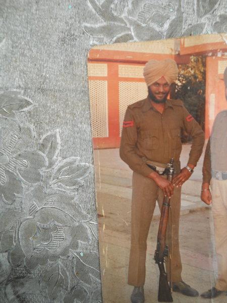 Photo of Rashpal Singh, ਗੈਰ ਕਾਨੂੰਨੀ ਹੱਤਆਿ ਦਾ/ਦੀ ਪੀੜਤ ਦੇ ਵਿੱਚ ਫ਼ਰਵਰੀ ੧, ੧੯੯੩ ਅਤੇ ਫ਼ਰਵਰੀ ੨੮,  ੧੯੯੩ਪੰਜਾਬ ਪੁਲਿਸ