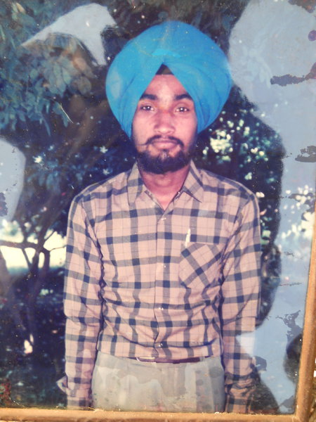 Photo of Harjinder Singh, victim of extrajudicial execution on March 29, 1987, in Tatle, Kot Razada, Qadian DAV Senior Secondary School BSF Camp,  by Border Security Force, in Faridkot, by Punjab Police