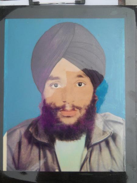 Photo of Sarabjeet Singh, victim of extrajudicial execution between May 25, 1991 and May 26,  1991, in Qadian, by Punjab Police