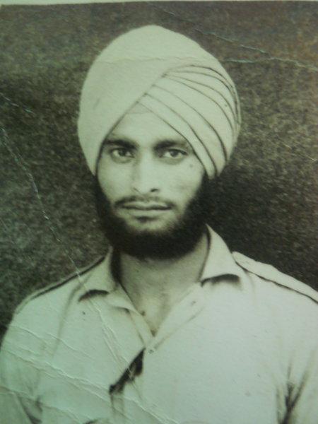 Photo of Salwinder Singh,  ਲਾਪਤਾ/ਜ਼ਬਰਨ ਲਾਪਤਾ ਦੀ ਤਾਰੀਖ਼ ਜੂਨ ੧੦, ੧੯੯੨, in Kapurthala,  by ਪੰਜਾਬ ਪੁਲਿਸ