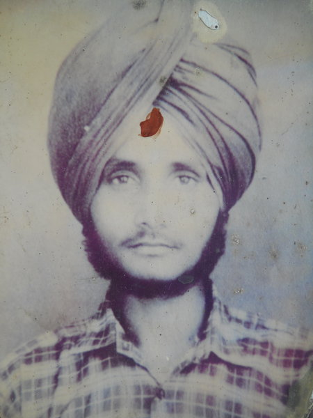 Photo of Mangal Singh, victim of extrajudicial execution between January 23, 1989 and January 25,  1989, in Qadian, Batala, by Punjab Police