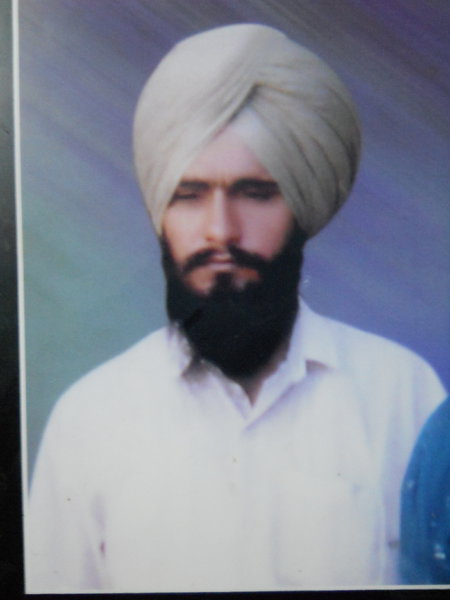 Photo of Karnail Singh, victim of extrajudicial execution between April 17, 1990 and April 20,  1990Unknown type of security forces