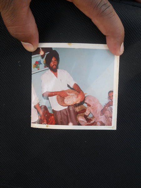 Photo of Charan Singh,  disappeared between September 10, 1992 and September 11,  1992, in Dhariwal,  by Punjab Police