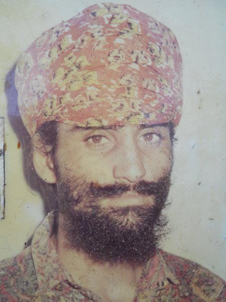 Photo of Nirmal Singh, ਗੈਰ ਕਾਨੂੰਨੀ ਹੱਤਆਿ ਦਾ/ਦੀ ਪੀੜਤ ਦੀ ਤਾਰੀਖ਼ ਸਤੰਬਰ ੧੪, ੧੯੯੨, in Sri Hargobindpur, by ਪੰਜਾਬ ਪੁਲਿਸ