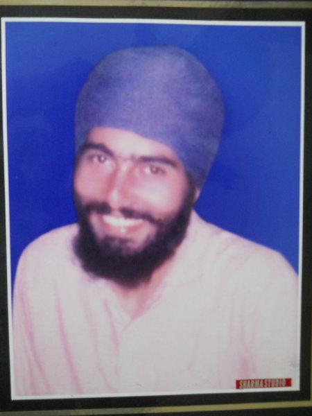 Photo of ਮੋਹਨ ਸਿੰਘ ,  ਲਾਪਤਾ/ਜ਼ਬਰਨ ਲਾਪਤਾ ਦੀ ਤਾਰੀਖ਼ ਫ਼ਰਵਰੀ ੦੫, ੧੯੯੧, in Ludhiana CIA Staff,  by ਪੰਜਾਬ ਪੁਲਿਸ