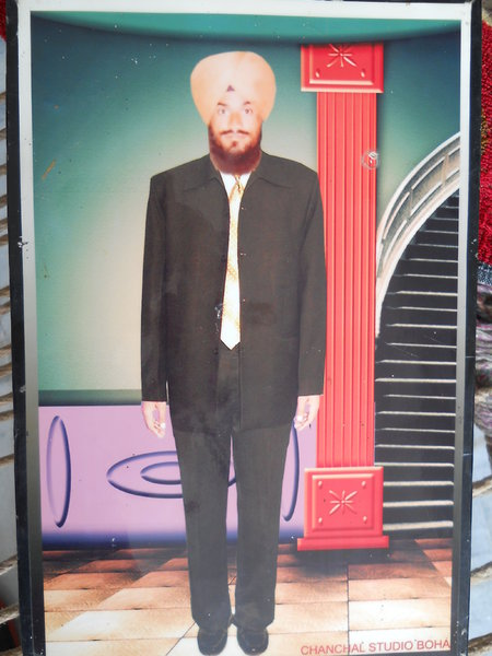 Photo of Thakhat Singh, victim of extrajudicial execution between March 22, 1991 and March 24,  1991, in Jhuner, by Punjab Police