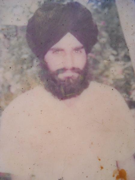 Photo of Gurjant Singh, victim of extrajudicial execution between September 1, 1991 and October 31,  1991, in Rampura Phul, by Punjab Police