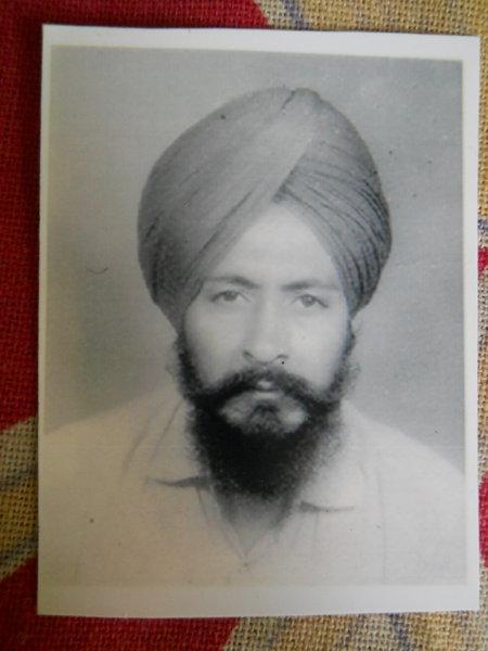 Photo of Dyal Singh, victim of extrajudicial execution between May 14, 1993 and June 14,  1993, in Nathana, by Punjab Police