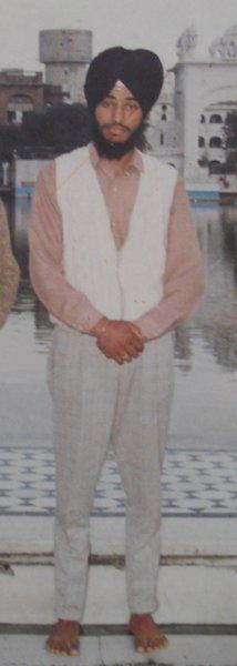 Photo of ਬਲਵੀਰ ਸਿੰਘ ,  ਲਾਪਤਾ/ਜ਼ਬਰਨ ਲਾਪਤਾ ਦੀ ਤਾਰੀਖ਼ ਨਵੰਬਰ ੨੯, ੧੯੯੦, in Morinda,  by ਪੰਜਾਬ ਪੁਲਿਸ; ਬਲੈਕ ਕੈਟ